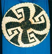 http://www.esoterica.gr/articles/symbols/swastika/swastika.jpg